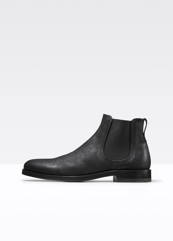Winslow Waxed Leather Chelsea Boot