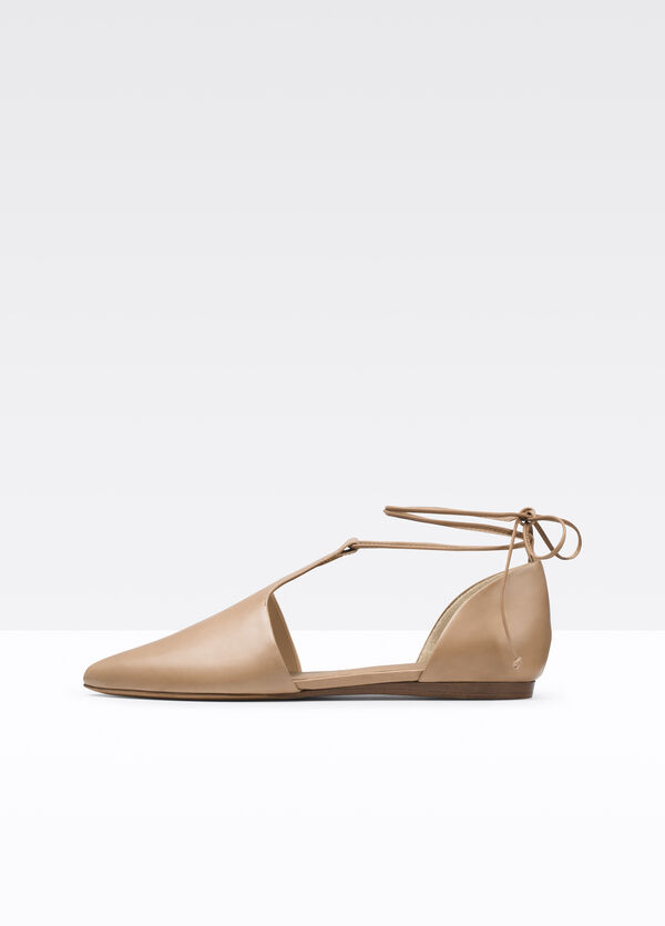 Noella Leather Lace-Up Flat