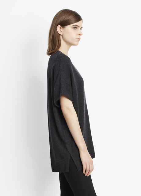 Short Sleeve Rib V-Neck Tunic