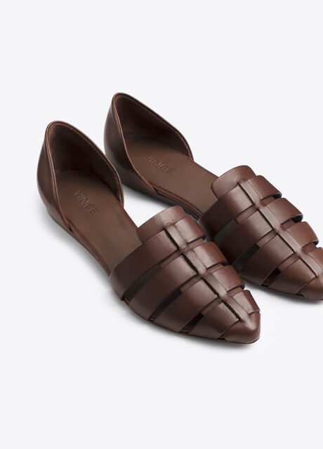 Neves Leather Flat