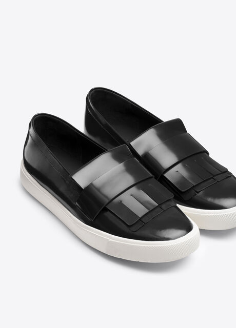 Coventry Leather Sneaker