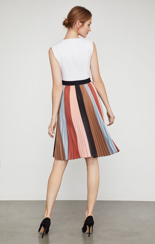 Nestia Color-Blocked Skirt