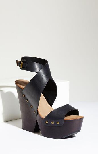 Jenessa Platform Wedge Leather Sandal