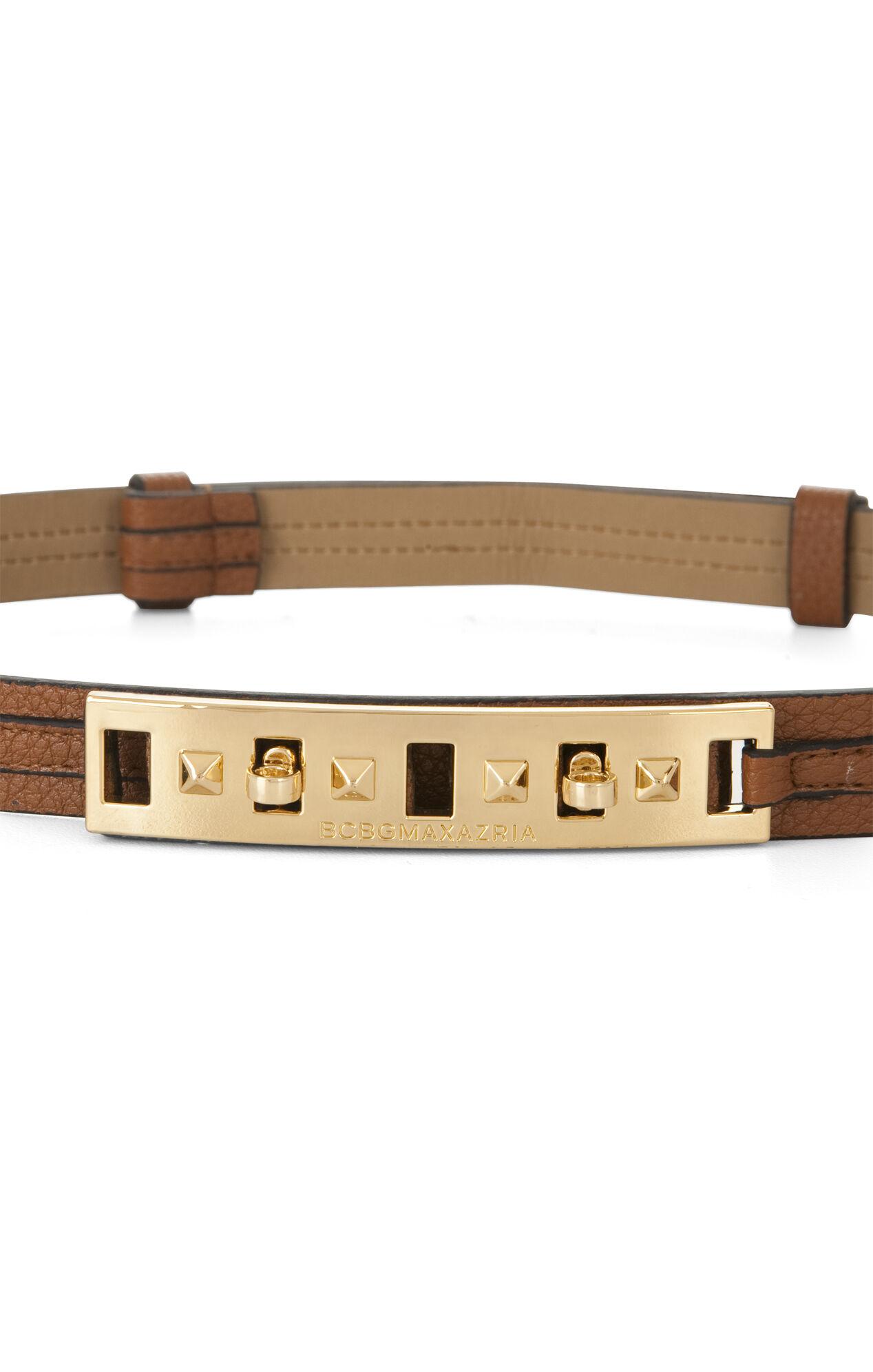 Skinny Twist-Lock Waist Belt