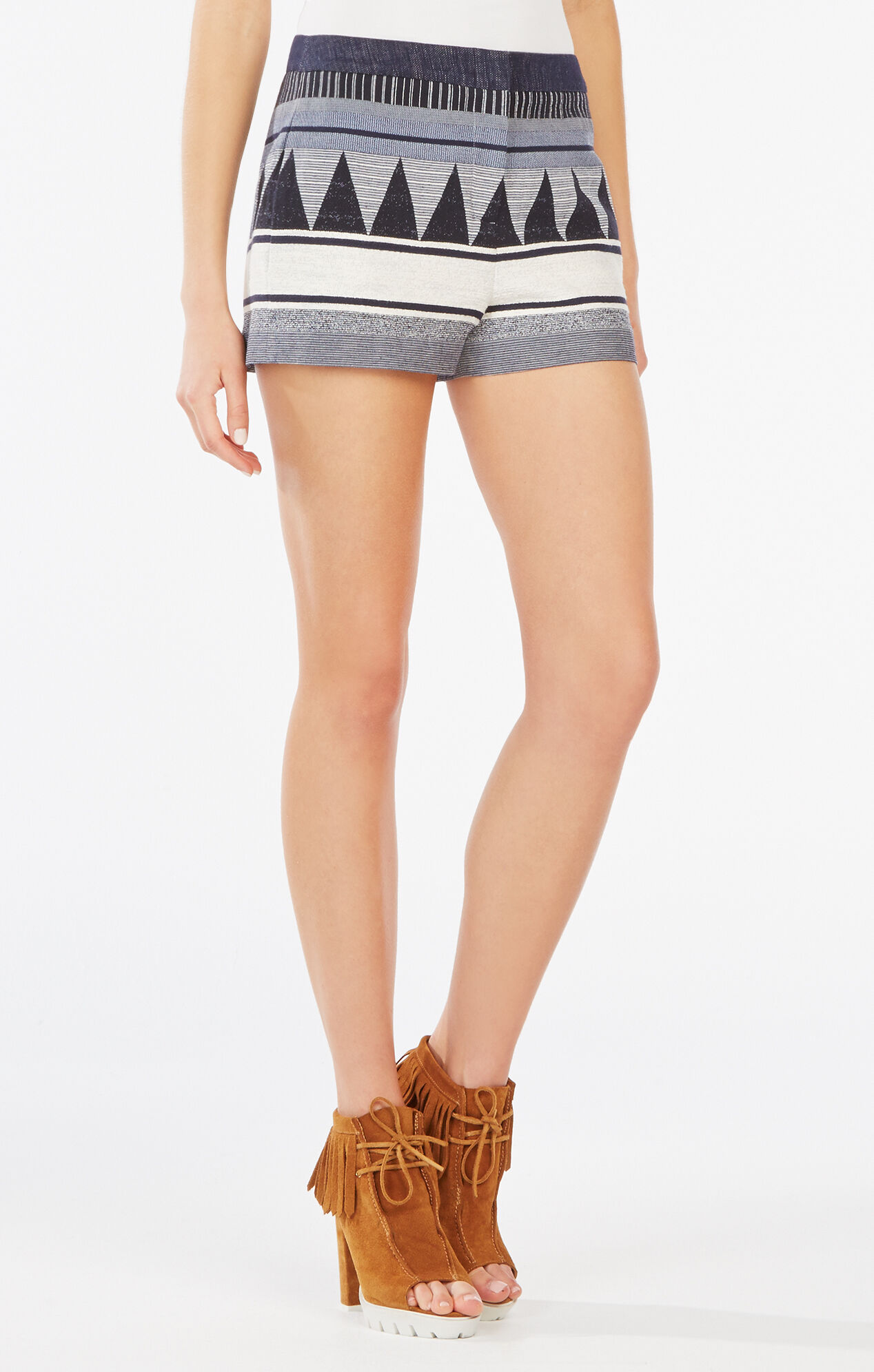 Runway Frida Short