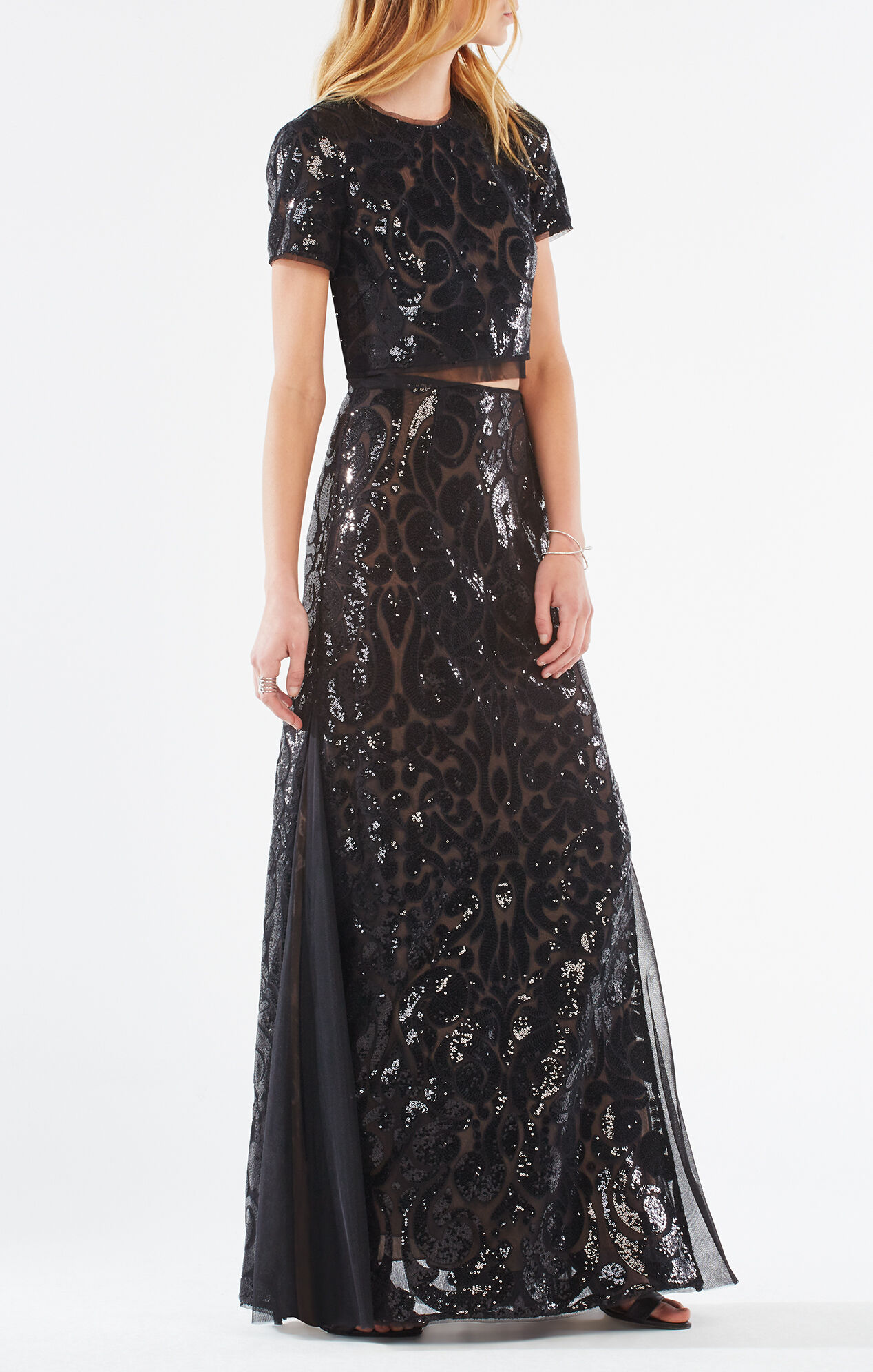 This short black party dress daringly fuses the sparkle of sequins with the femininity of floral embroidery. For the glam girl with an edge, this strapless dress has multi-color floral embroidery swirling across the glittering black sequins that shine from the sweetheart neckline to /5(41).