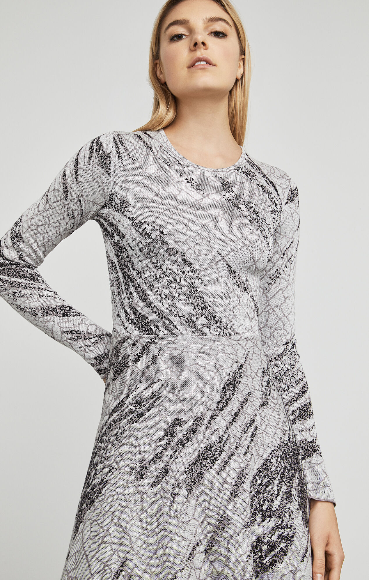 Jillian Crackled-Jacquard Dress