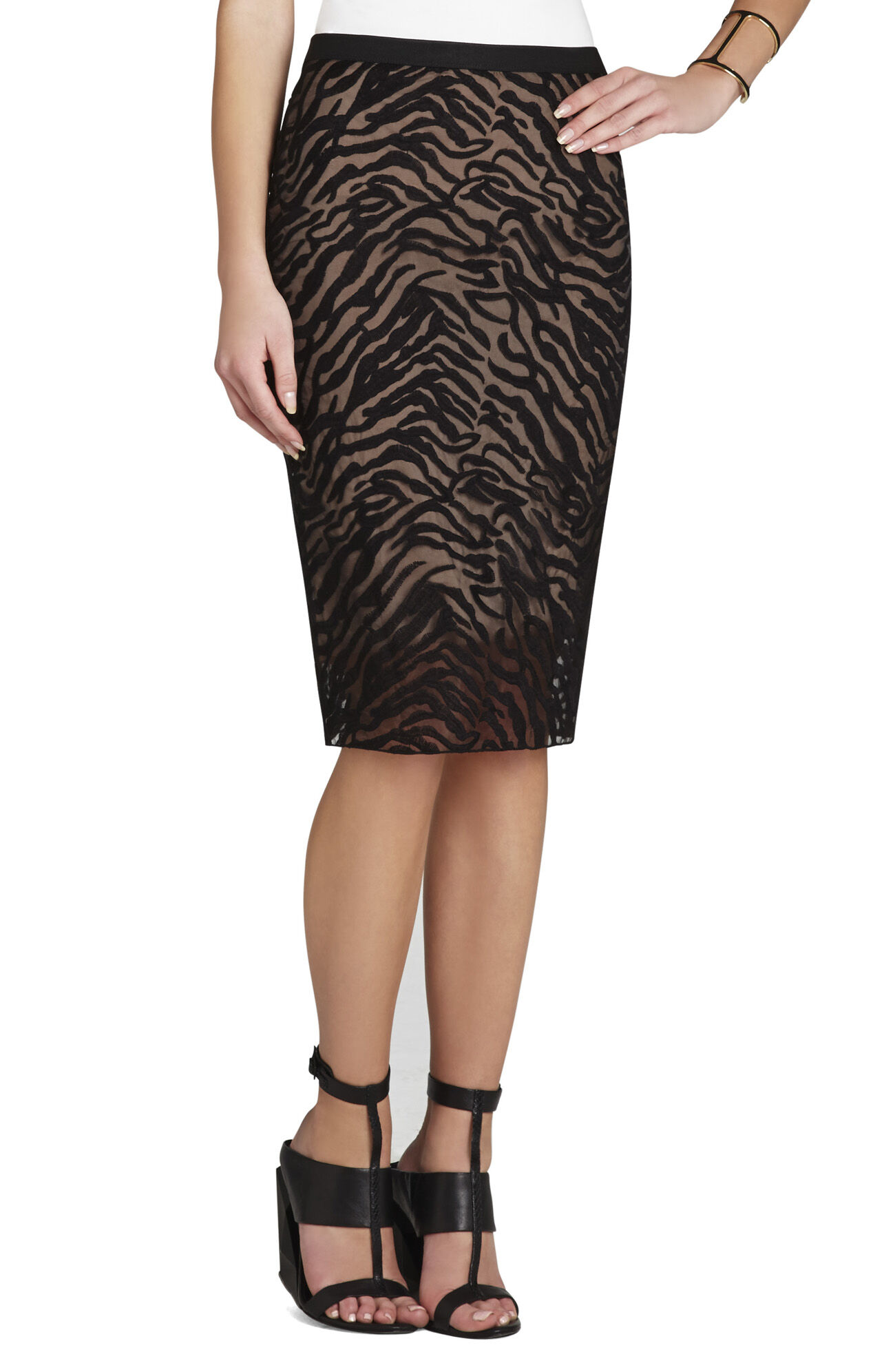 Irisa Embroidered Pencil Skirt