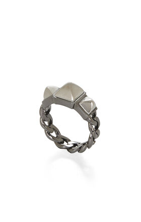 Dual-Tone Triple-Pyramid Ring