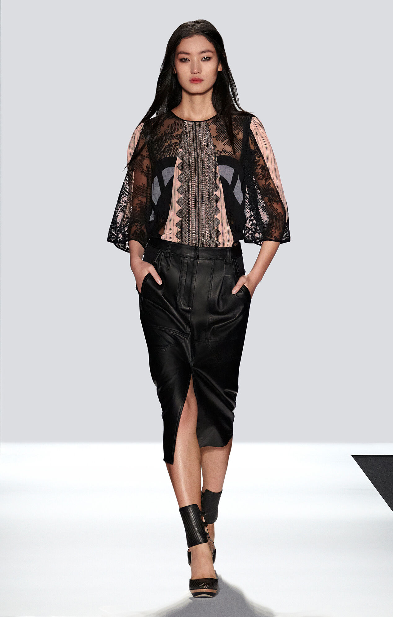 Runway Eva Geometric Lace Top