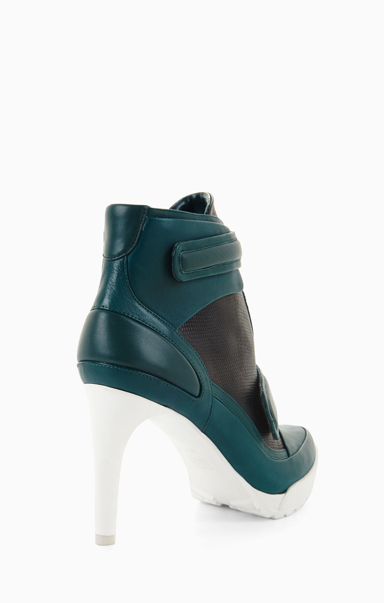 Runway Powe Lug-Sole Day Bootie