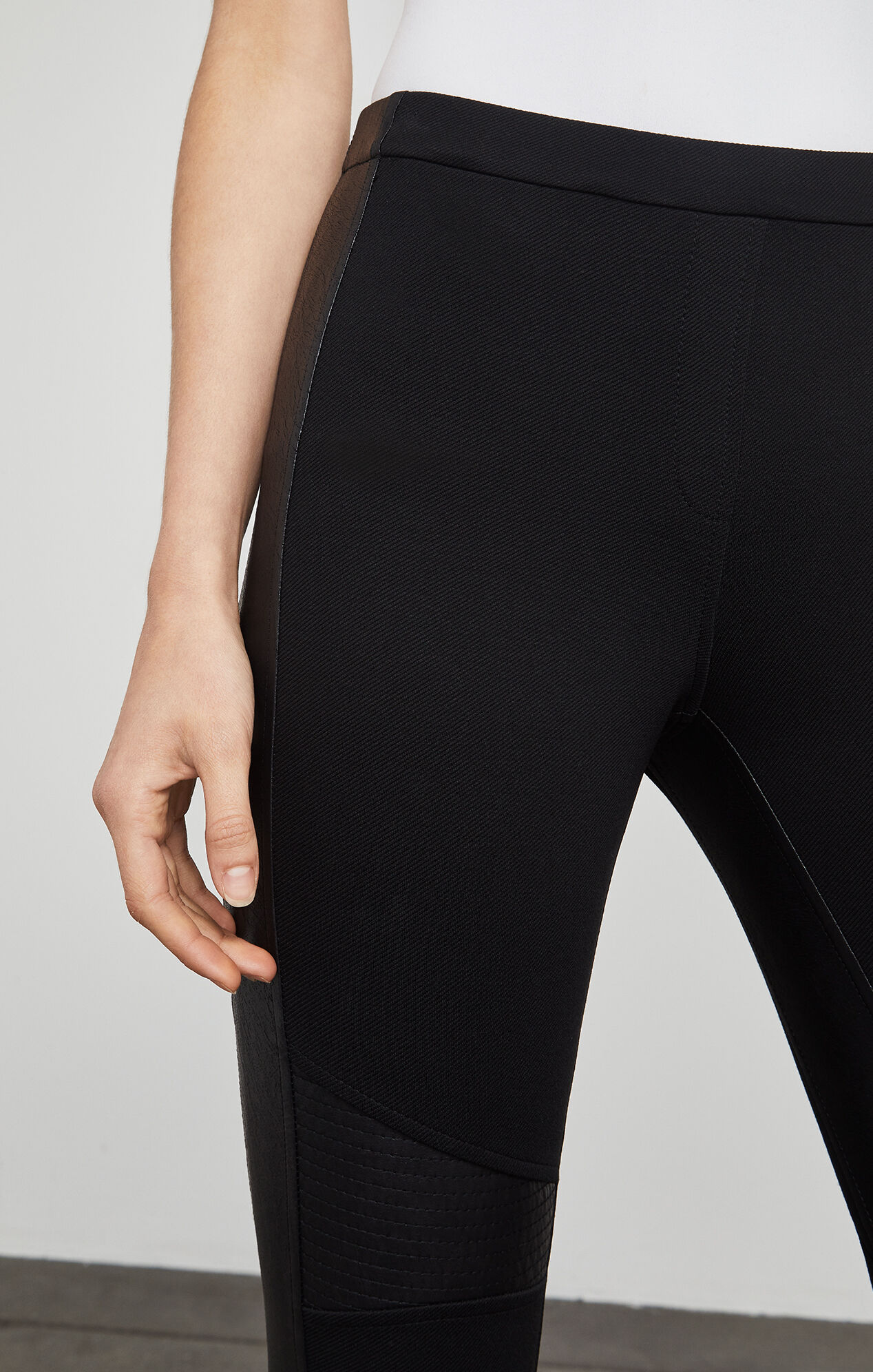 Bond Legging