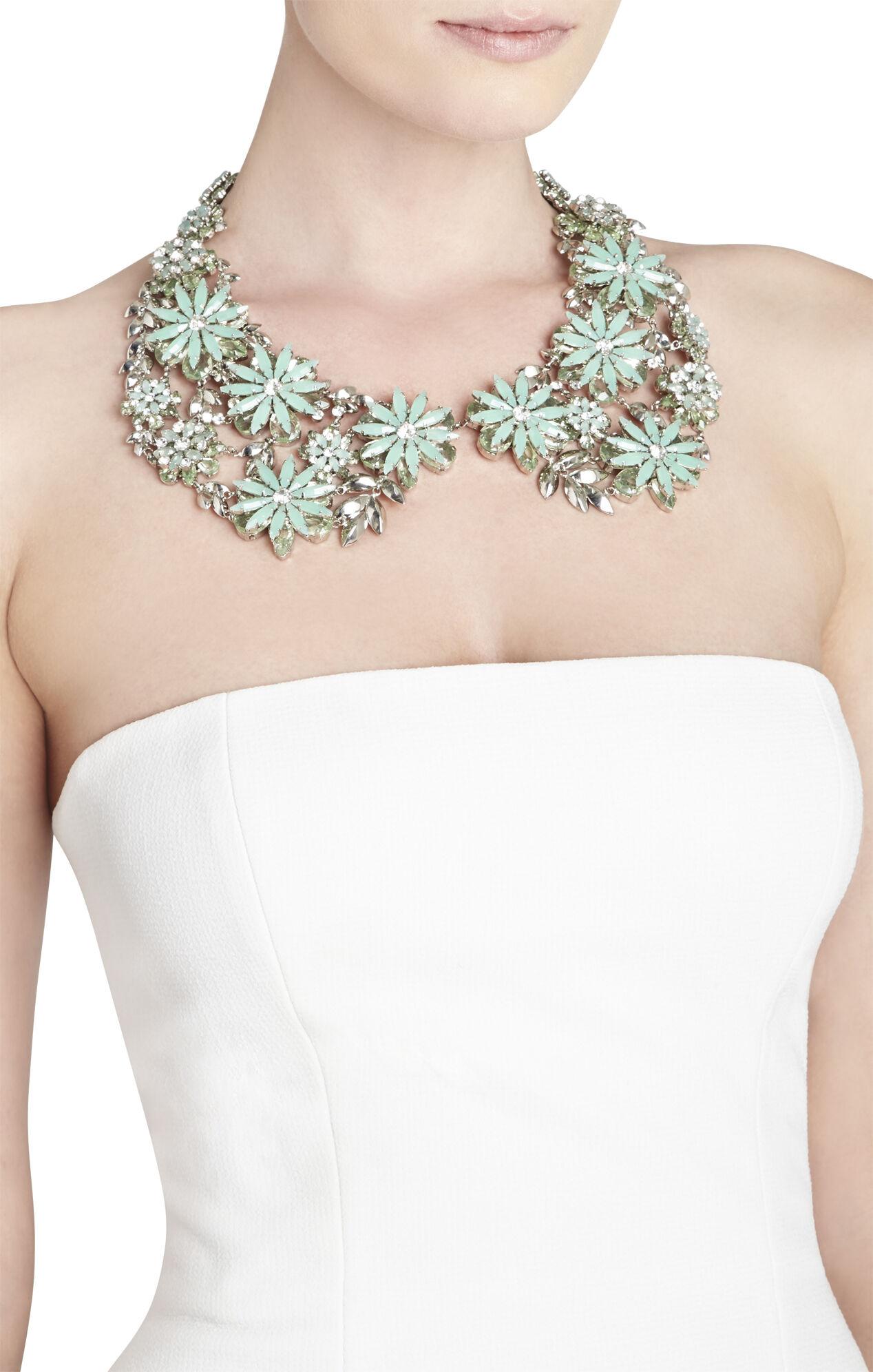 Floral Peter Pan Collar Necklace