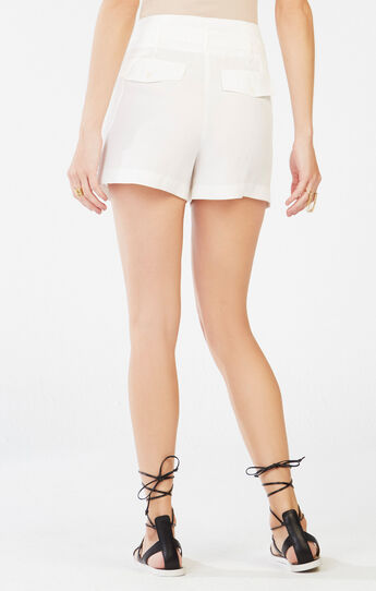 Aldan Belted Short