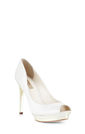 Dart Peep-Toe Pump