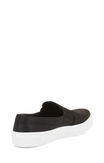 Slip-On Flat Sneaker