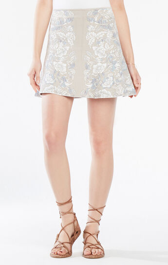 Queeny Floral Knit Jacquard Skirt