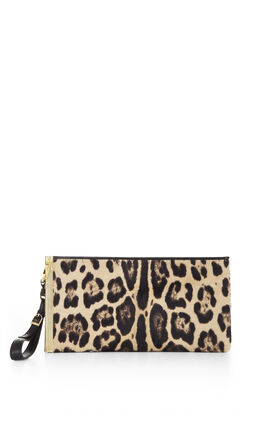 Elle Iconic Clutch