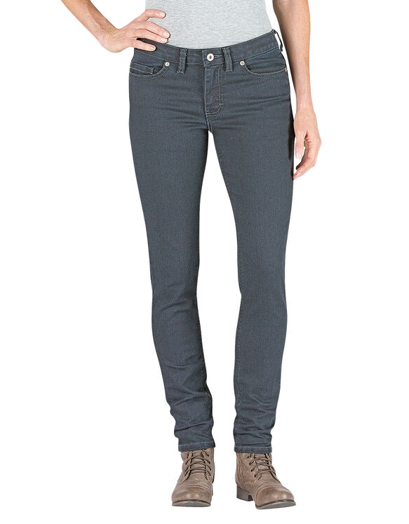 These mid-rise jeans from Strom Brand feature a slim bootcut throughout the leg with a slight flare. It has classic 5-pocket style and a zip-fly button closure.íFiber Content Mid-Rise 5.
