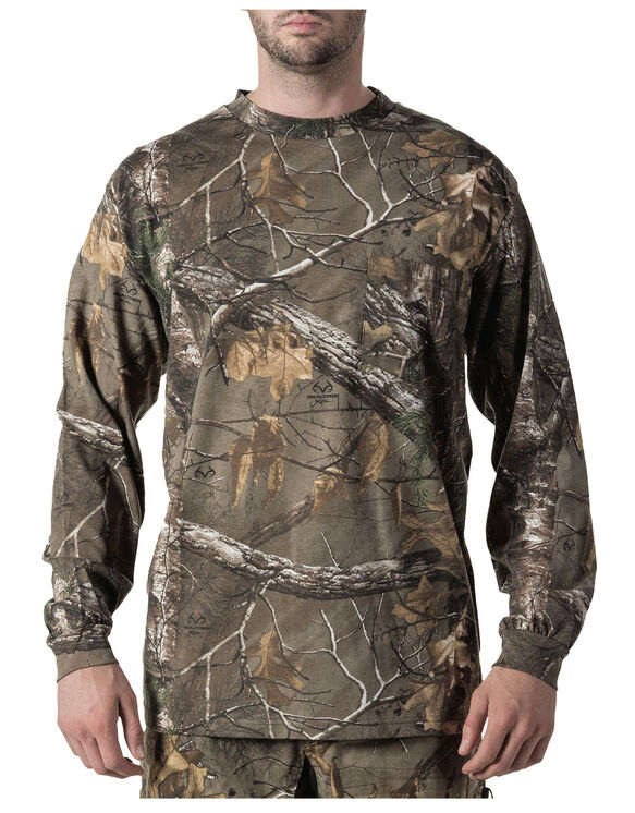 Walls® Hunting Long Sleeve Pocket Tee - REAL TREE XTRA (AX9)