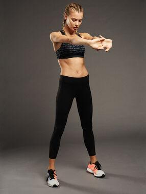 Sport bra, medium support black.