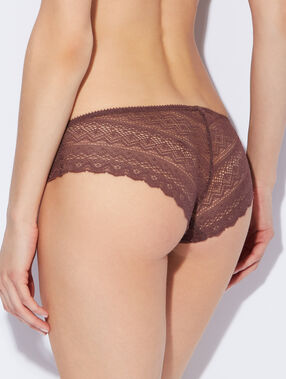 Shorty tout dentelle marron.