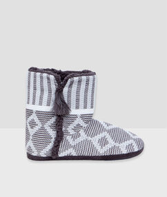 Graphic print slipper boots ecru.
