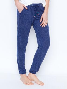 Pantalon bleu.