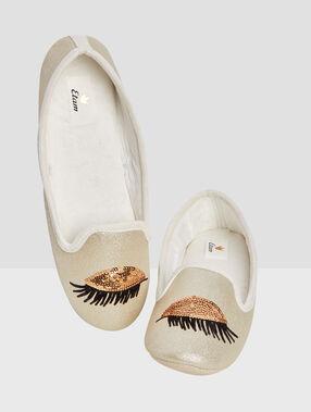 Slippers ballet beige.
