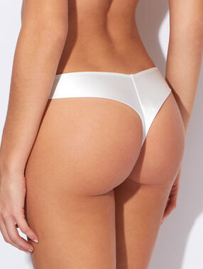 Micro thong off white.