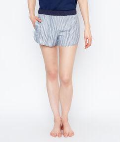 Pantalón corto estampado azul.