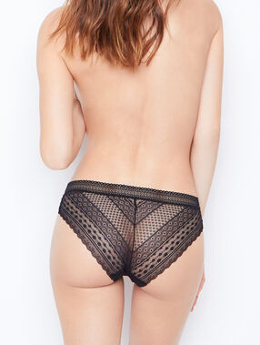 Knickers black.