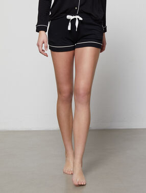 Pyjamashort schwarz.