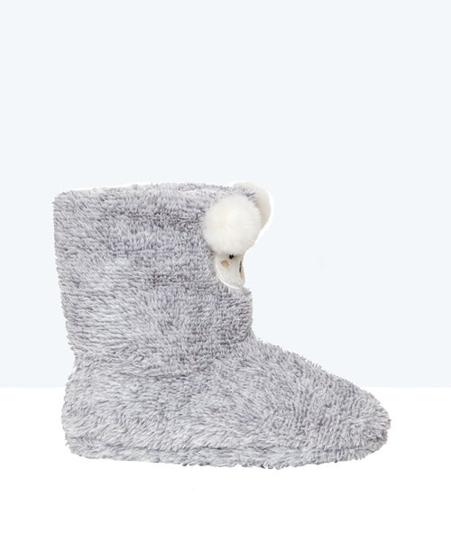 Faux fur slipper boots;${refinementColor}
