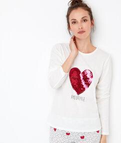 Camiseta manga larga con estampado corazón crudo.