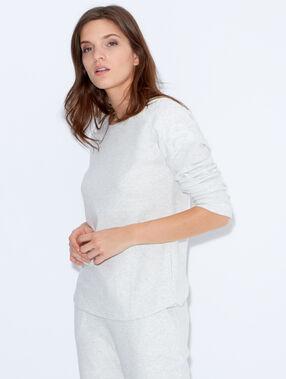 Pyjama oberteile beige.