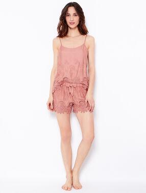 Caraco, détail crochet rose.