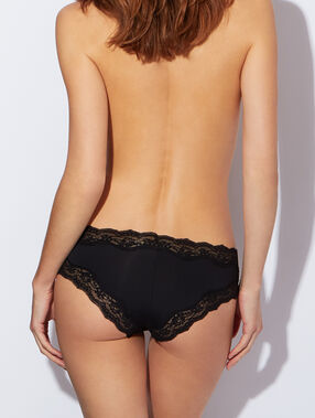 Micro and lace shorty black.