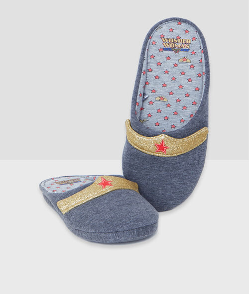 Wonder Woman slippers;${refinementColor}