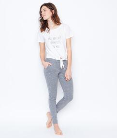 Camiseta anudada blanco.