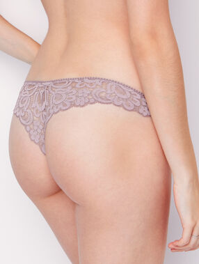 Lace tanga brown.
