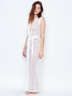 Lace nightdress white.