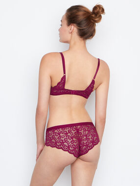 Shorty dentelle prune.