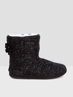 Slipper boots black.