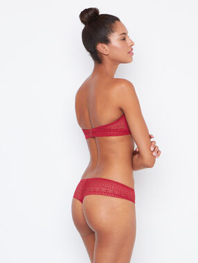 Lace string red.