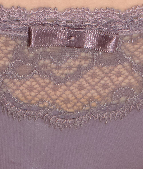 Lace and micro tanga;${refinementColor}