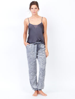 Lejące spodnie od piżamy w deseń turecki gris.