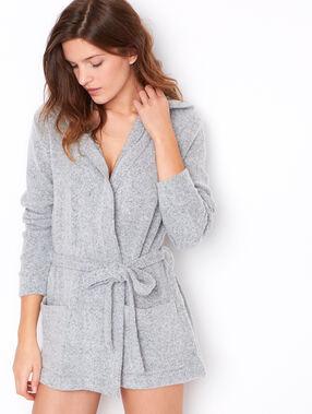 Veste à capuche chiné gris.