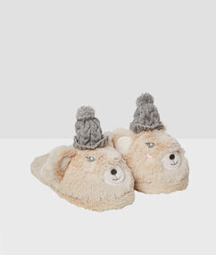 Mules oursons, bonnets tricotés 3d ecru.