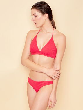 Knickers red.